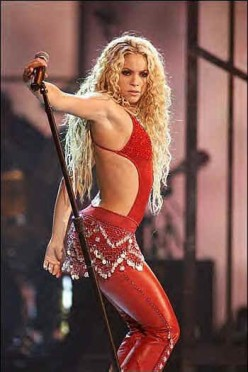 Shakira: Give It Up To Me Video Choreography