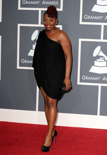 Ledisi looked great with the off the shoulder black dress and I loved those pumps.