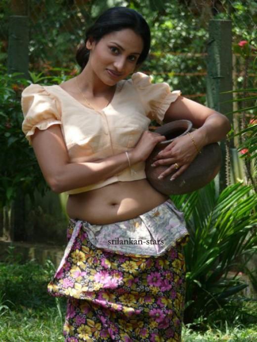 Dutugemunu Movie wins Anuradhapura again! - Sinhala Film by Jayantha Chandrasiri - Oshani Dias