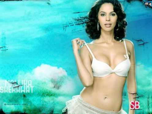 Sexy Boobs Show of Mallika Sherawat Photos Image 4