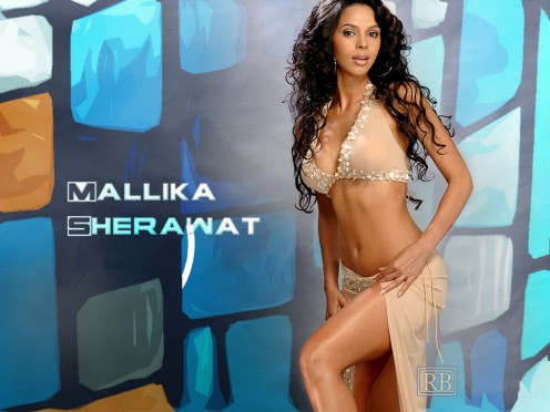 Sexy Boobs Show of Mallika Sherawat Photos Image 9