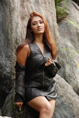 Sexy Model Upeksha Swarnamali