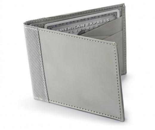 Stewart/Stand Stainless Steel Bi-Fold Wallet      http://www.airlineinternational.net/stststbiwa.html