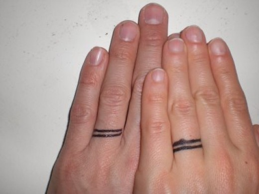 Ewww I really don't like those wedding ring tattoos, in fact I think I don't