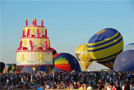 The Cake Balloon