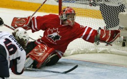 A great save by Labonte - photo credit: media.canada.com