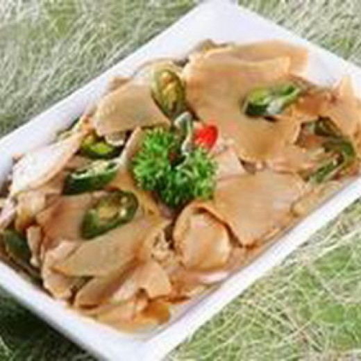 Bamboo Shoots sauté with pork or seafood