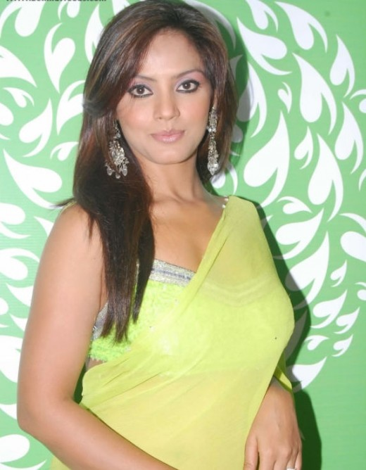 Neetu Chandra in Hot Green Transparent Saree