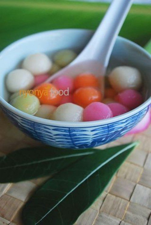 Colorful dough balls or dong zhi--you must eat some for good luck.