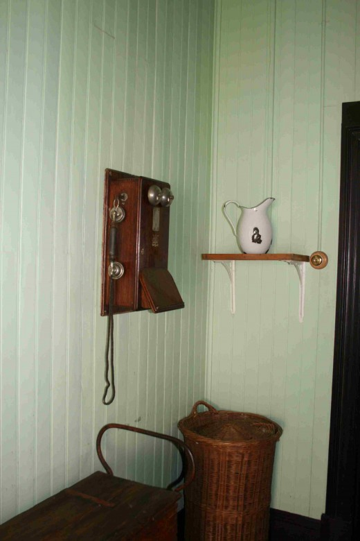 Perhaps indicative of his need to be in touch with his country and people all the time this telephone was installed in the bathroom!