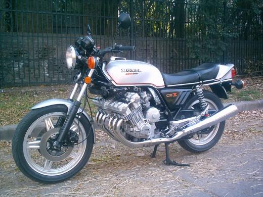 Honda CBX1000 a public domain image from Wikimedia Commons