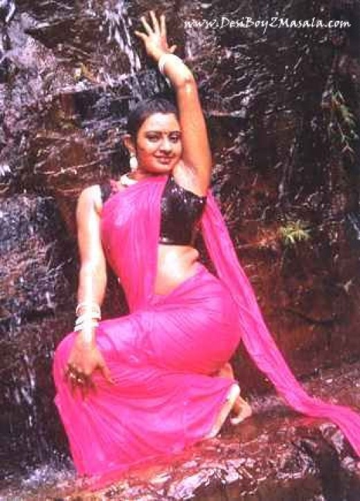 Pics of Super Hot Tamil Aunty Indarja
