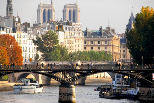 The River Seine, a bridge