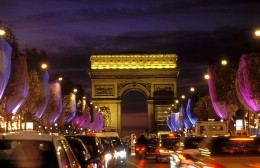Avenue des Champs-Elysee is one of the busiest and glamorous street in the whole world