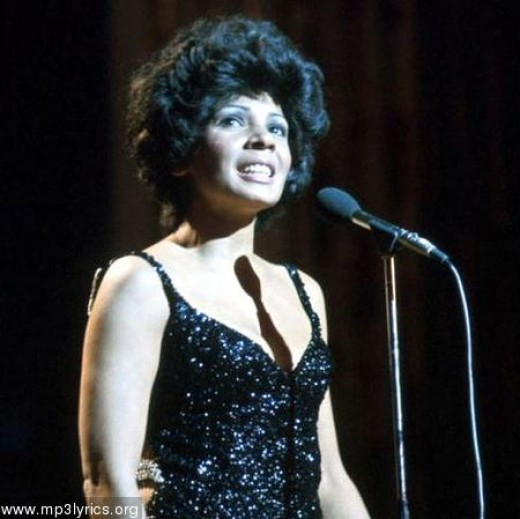 Greatest Welsh Woman Singer Shirley Bassey