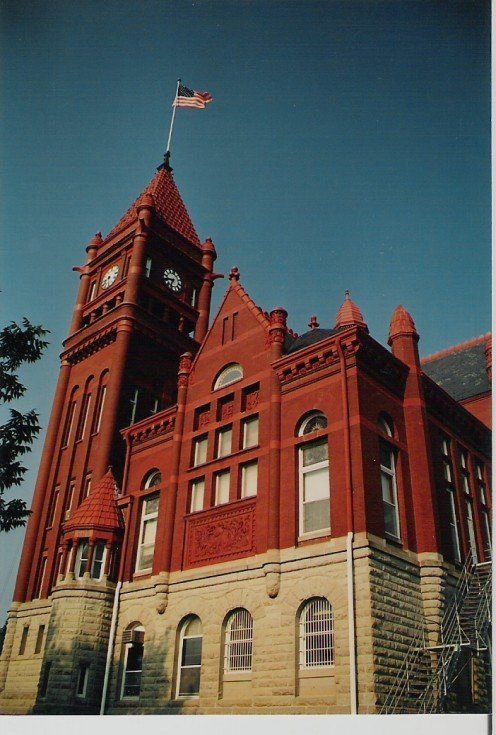 Main Street, USA. County court houses are another good place to look for old records. Photo of county courthouse in Red Oak, Iowa.