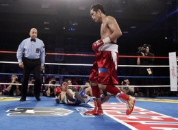 "Nonito  ""The Filipino Flash""  Donaire KO Manuel Vargas in Round 3"