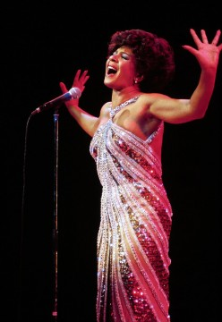 Greatest Welsh Woman Singer : Shirley Bassey