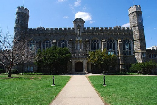 Bryn Mawr College was founded by Welshman, Joseph Taylor. Photo Attribution: http://flickr.com/photos/thatpicturetakr/ / CC BY-ND 2.0