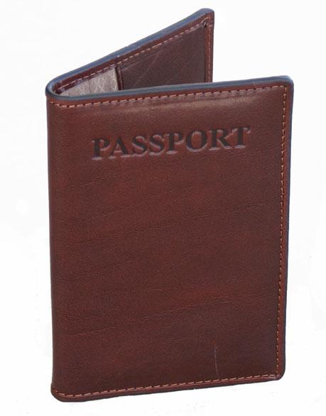 Vantaggio hand-stained Italian Leather Passport Cover      http://www.airlineinternational.net/vahaitlepaco.html