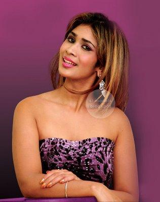 Sexy hot photos of Anarkali Akarsha 2
