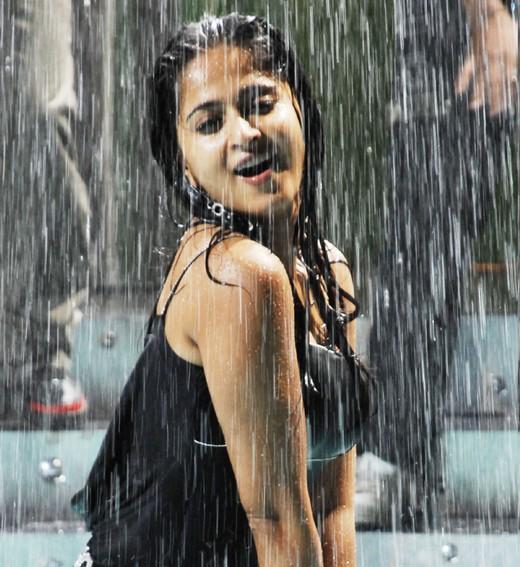 Hot-Unseen photos of Anushka Shetty