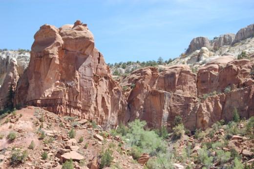 Picture from http://fatherjohn.files.wordpress.com/2007/05/christ-in-the-desert-scene-2.jpg