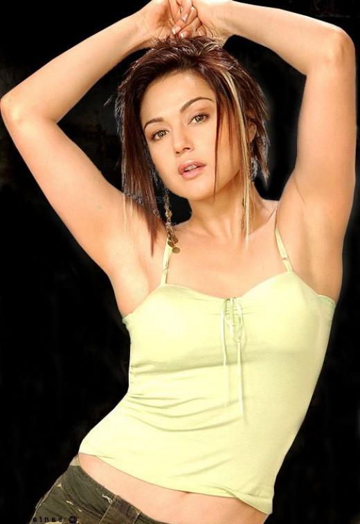 Cute Actress in India with Hot Cloth