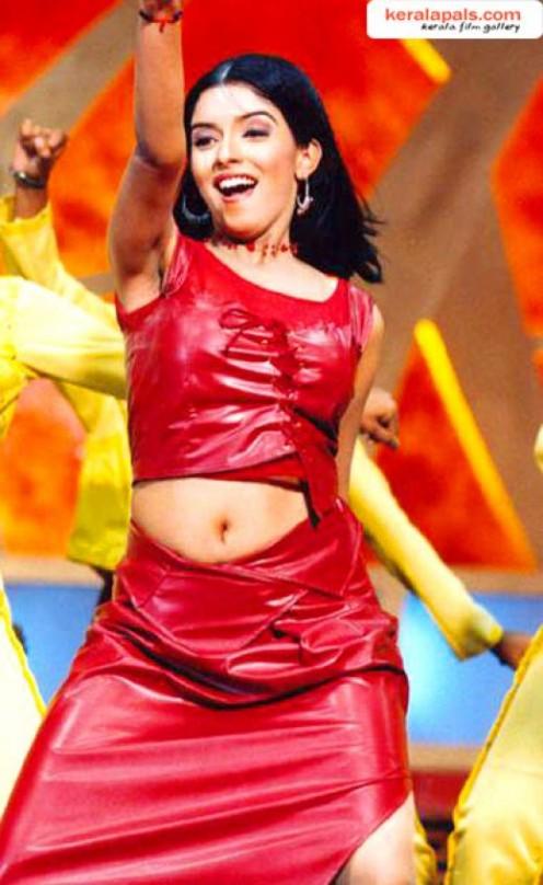 M Kumaran So Mahalakshmi Hot Photos 2012: Asin ...