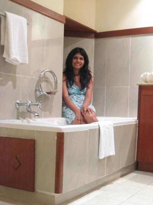 desi hot bhabhi on honeymoon photos