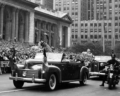 """New York, 10 June 1945 "" by PhillipC from Flickr. Original URL: http://www.flickr.com/photos/flissphil/3092257104"