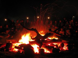 The Gathering at the Green Man Fire.  Ponder upon life whilst the children happily run free.
