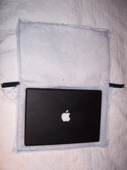 Here it is sewn all around the edges. I used this opportunity to make sure my laptop would fit!
