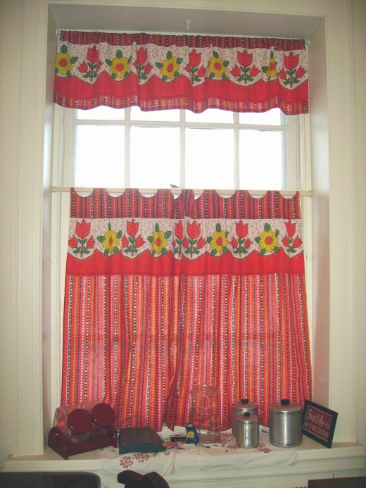 Diy Idea How To Make And Sew Kitchen Curtains From Square