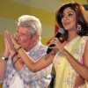 Shilpa Shetty-Richard Gere Kiss Photos and Video