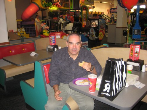 Grant Caught with a Mouthful at Chuck E Cheese Before Dietpower 9/21/09.