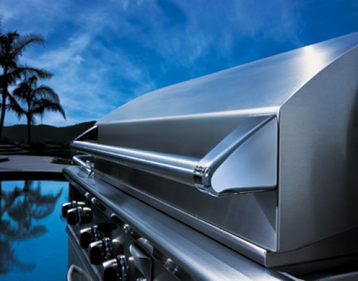 This is a picture of a DCS, Dynamic Cooking Systems gas grill, one of the first to use 304 stainess for outdoor barbeque grill parts.