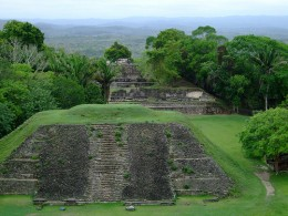 Great shot of some Belize Mayan ruins.