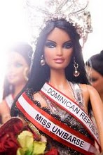 A beauty queen which is a doll?!!!