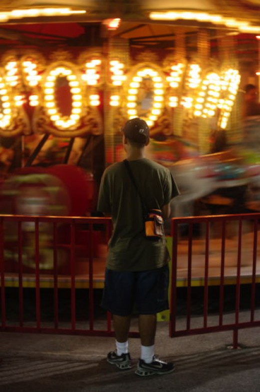 Losing a child at amusement park may take a second and it may feel like an eternity, seeman, morguefile.com