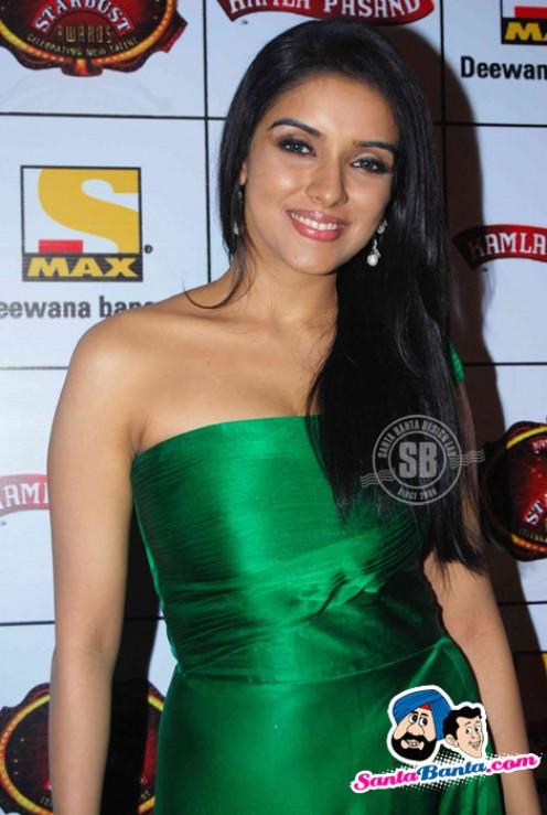 Spicy Hot And Sey Bollywood South Indian Masala Actress Asin