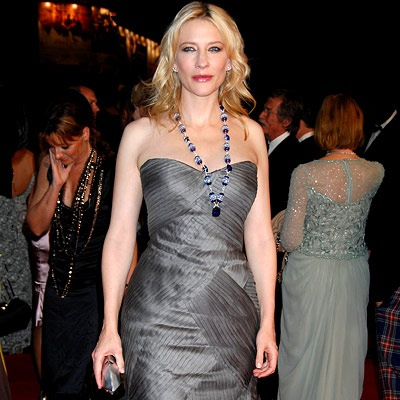 Cate Blanchett wearing a long tanzanite necklace.