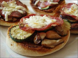 Mini-Pizzas (Photos from Flickr)