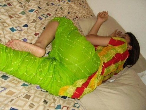 Sleeping Desi Indian Masala Funny and Hot Hidden Cam Pictures