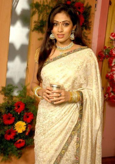 Hot Saree Show Sadha