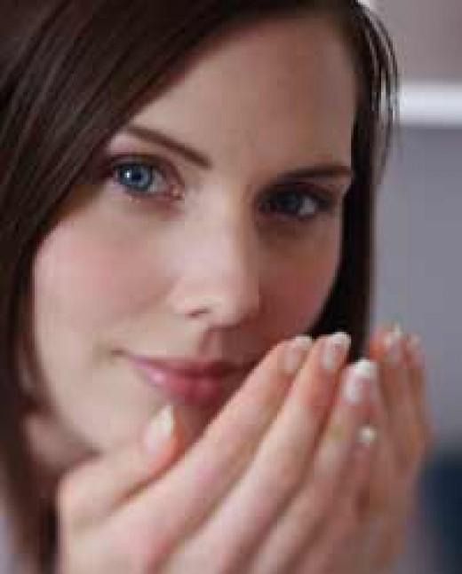 Clove Oil Inhalation Respiratory and Nervous System Benefits