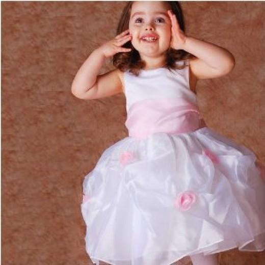 Buy great Easter dresses online!