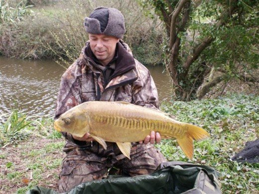 Chris Bentley with Carp at Les Rouvets
