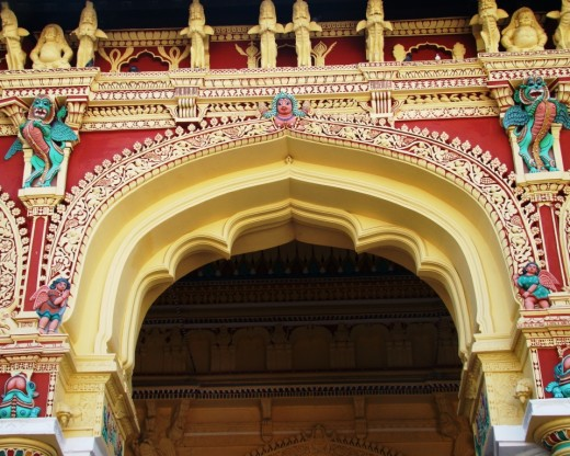 Decorated arch 1
