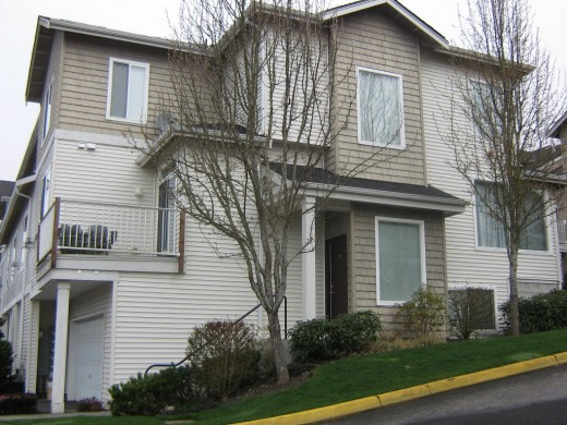 3 Story,1900 Sq Ft Condo 15 minutes from Redmond $325,000.00 Christine Viernes RE/MAX NW Realtors